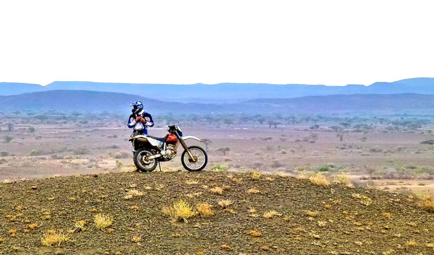 motorbike safari safari raid voyage moto nord kenya boucle des lacs du nord. Black Bedroom Furniture Sets. Home Design Ideas